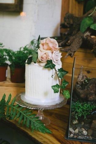 Wedding Cake at Entangled